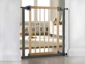 Lindam Easy Fit Stair Gate 2