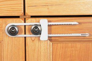 Clippasafe Sliding Cabinet Lock 1