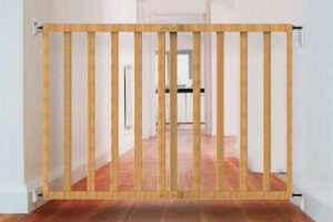 Babylo Extending Wooden Stair Gate
